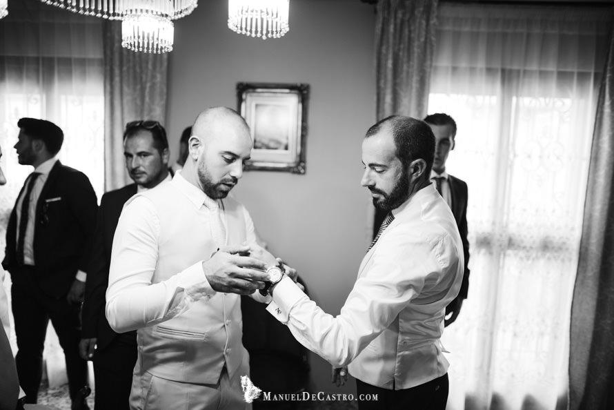 2096-S+F-bn-fotógrafo de bodas en puente genil córdoba