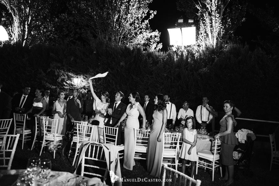 6052-S+F-bn-fotógrafo de bodas en puente genil córdoba
