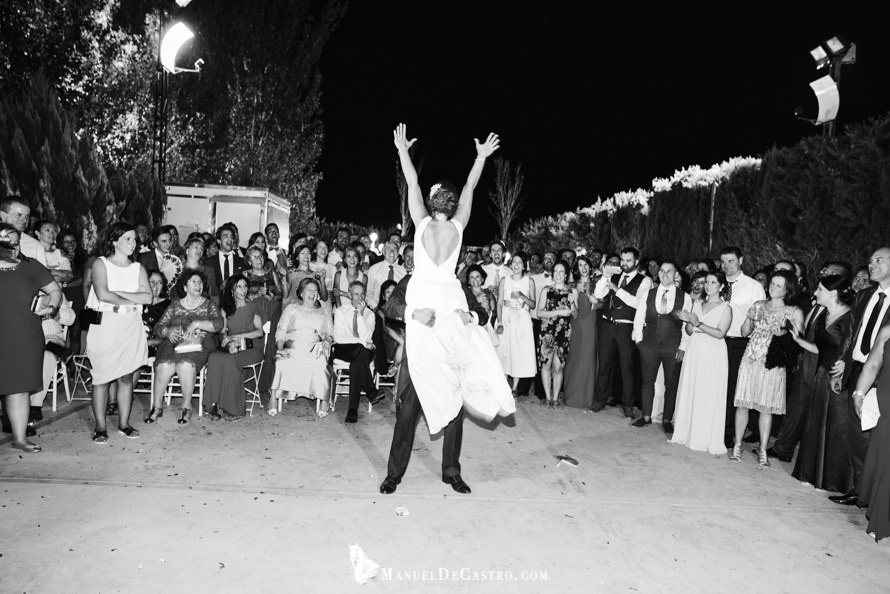 7032-S+F-bn-fotógrafo de bodas en puente genil córdoba