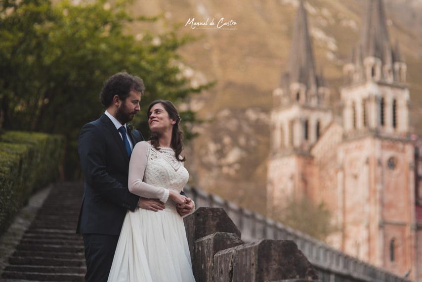 Boda en la Basílica de Covadonga y Parador de Cangas de Onís. Manuel de Castro, Fotógrafo de boda en Gijón